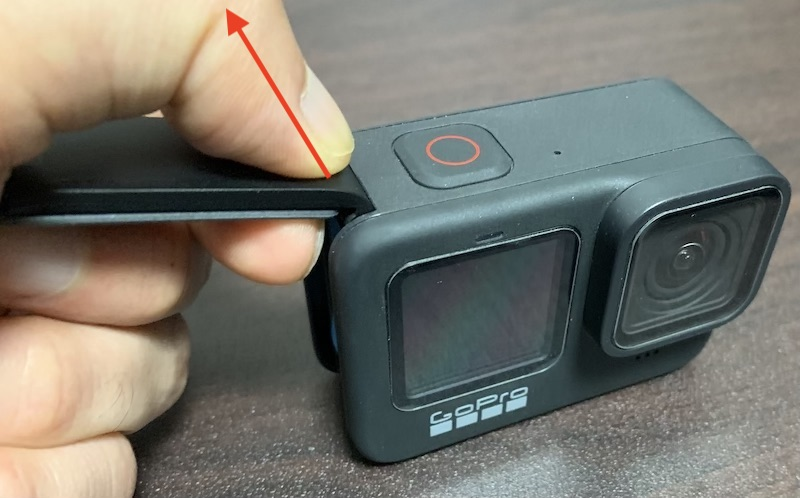 GoPro Hero9 バッテリーカバー外す