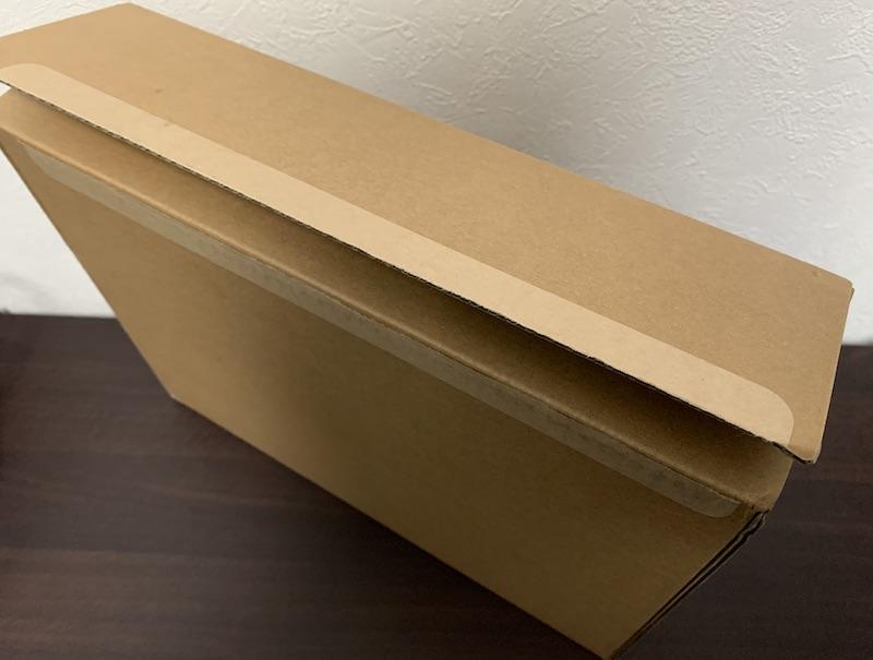 M1 MacBook Air郵送用段ボール箱開封