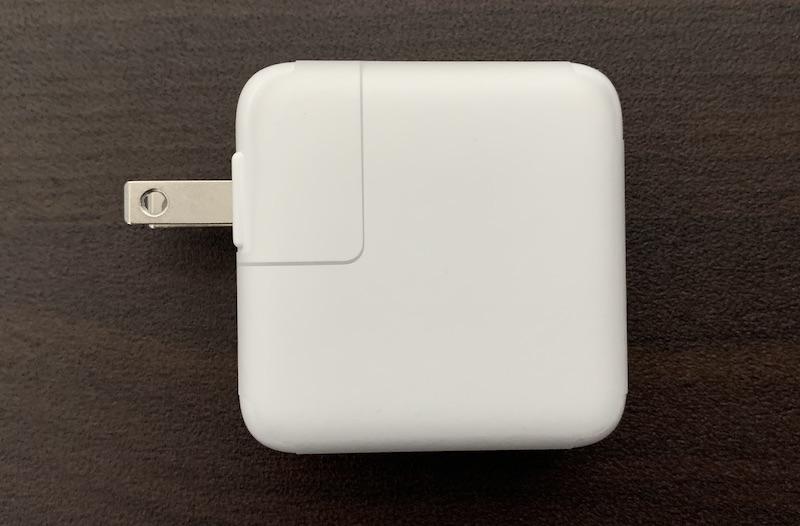 M1 MacBook Air純正充電アダプタ