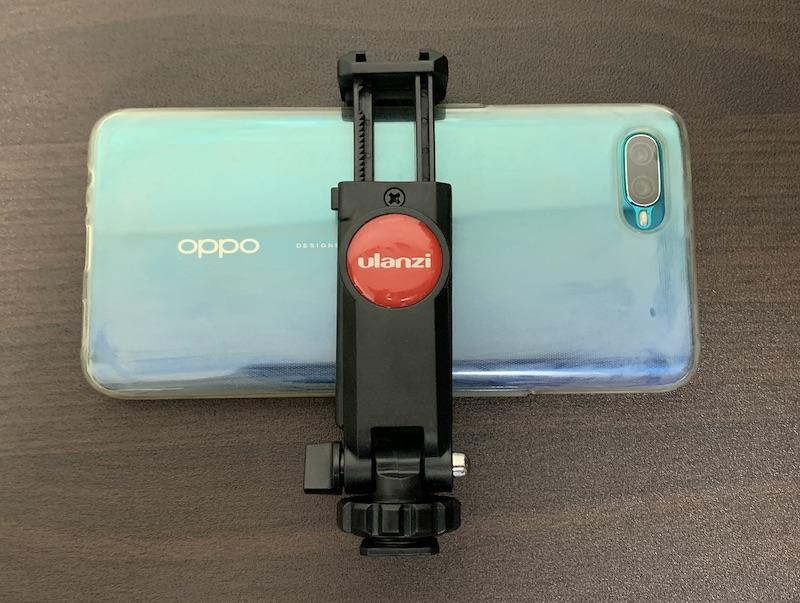 ULANZI スマートフォン三脚マウントST-06スマートフォン取り付け裏側