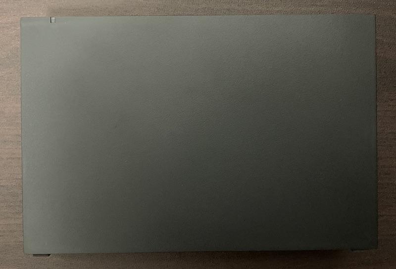 BUFFALO外付けHDD(HD-EDS6U3-BC)のHDD上面