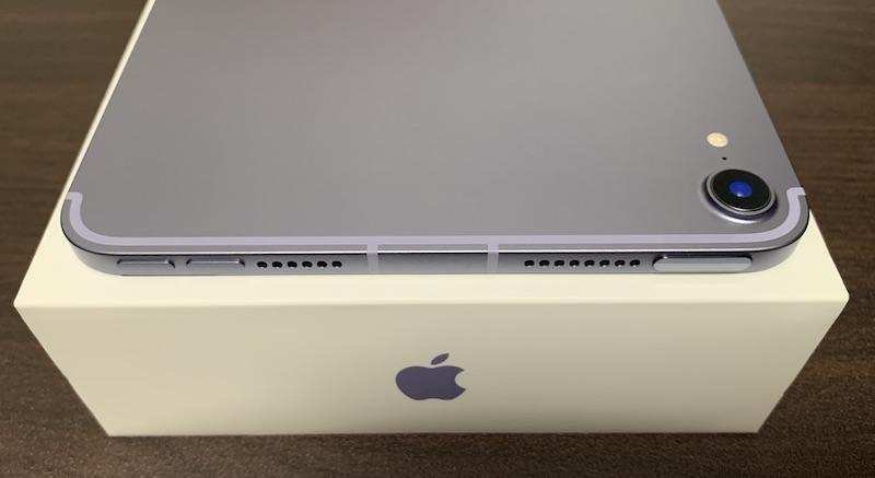 iPad mini6の側面上側(電源ボタン、音量ボタン、ステレオスピーカー)